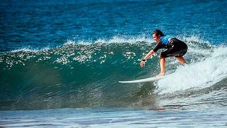 surf con olas grandes